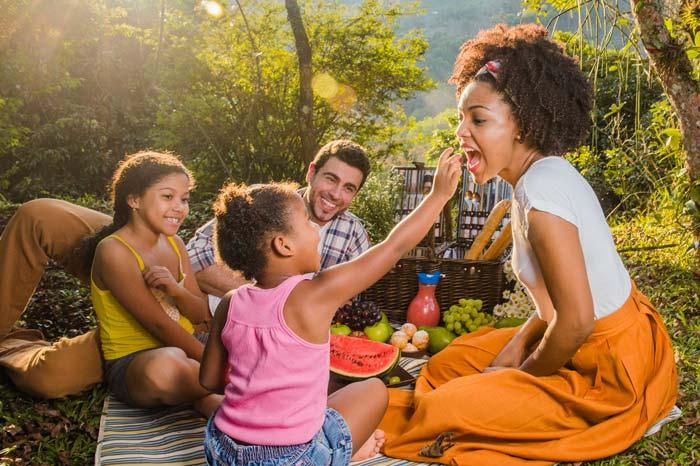 Sortie familiale dans la nature